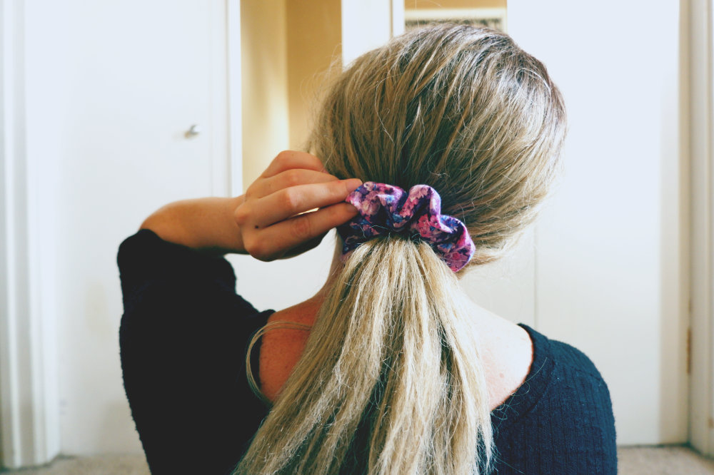 scrunchie on model